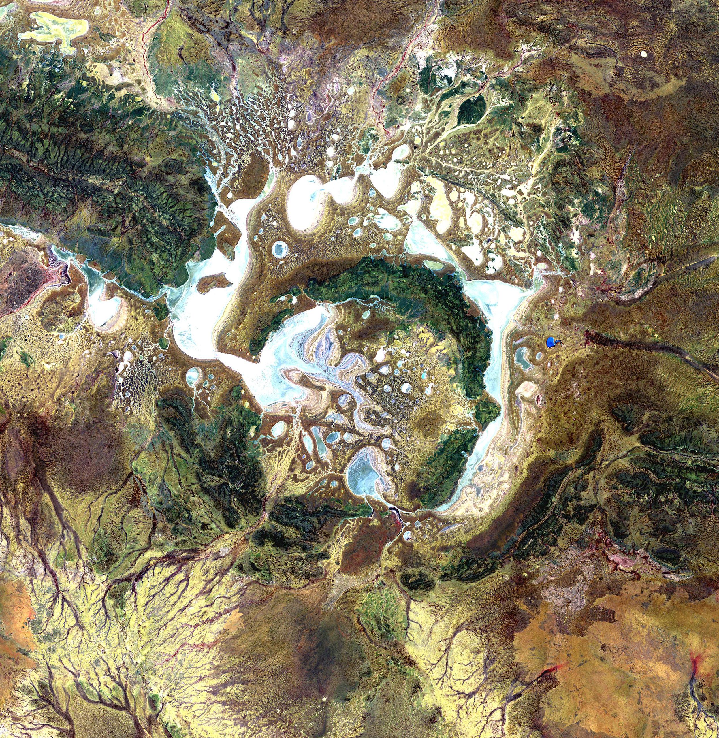 I crateri visti dallo spazio