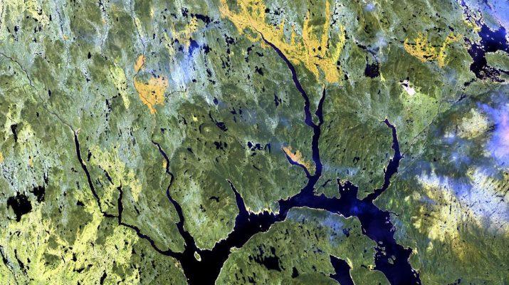 Foto I crateri visti dallo spazio