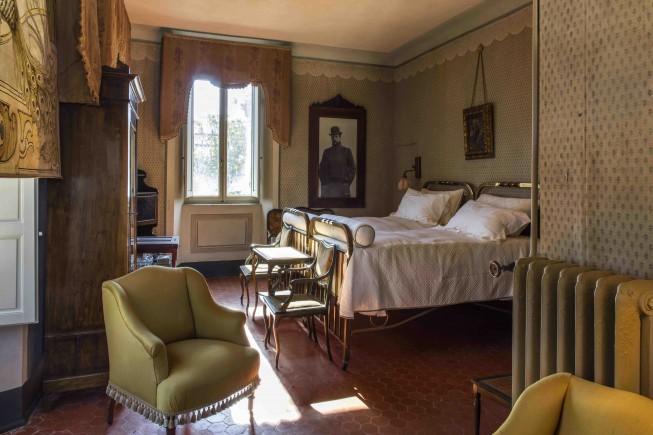 aVilla Puccini, camera da letto