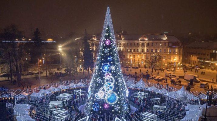 Foto L'albero di Natale di Vilnius