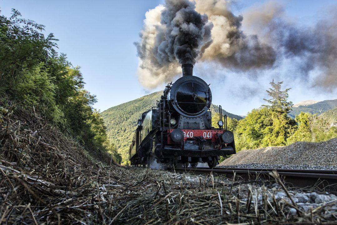 Binari senza tempo in viaggio sui treni a vapore dove for Senzatempo milano