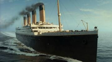 titanic-sailing