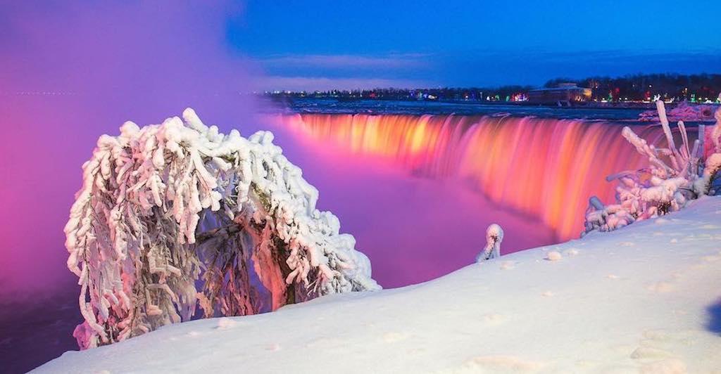 Le cascate del Niagara ghiacciate