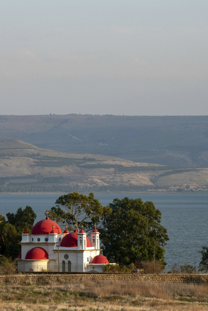 La chiesa greco ortodossa degli Apostoli a Cafarnao, sulle sponde del lago di Tiberiade