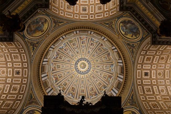 La Basilica di San Pietro brilla di nuova luce grazie a 100 mila led ... 4e4154d50627