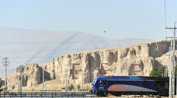 2-2015-10-26-Iran-Naghsh-e-Rostam+RAI-1535-IR5_9987