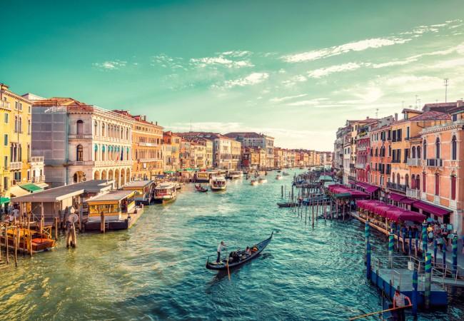 Tasse per turisti: quanto ci costa vedere l\'Italia e il mondo