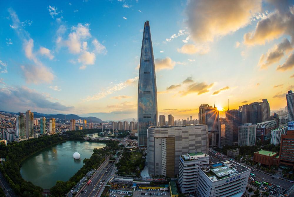2. A Seul, sulla torre da record