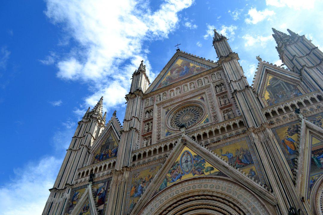 Primavera in Umbria: da Spello ad Assisi