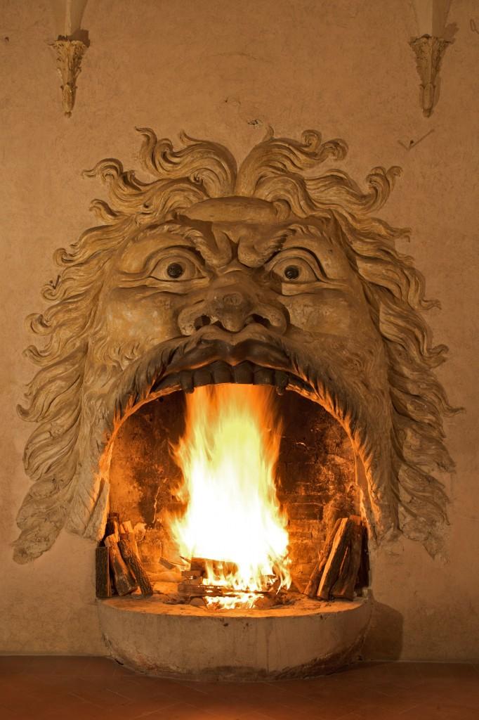 Uno dei camini di Villa Allegrini della Torretta. Fumane