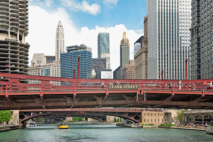 118Chicago-RiverCruise_164DABE780B_1495625;3