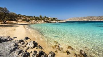 Chios, il monastero e la spiaggia di Agia Dynami
