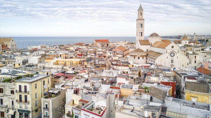 Foto Bari: i due volti di una città antica