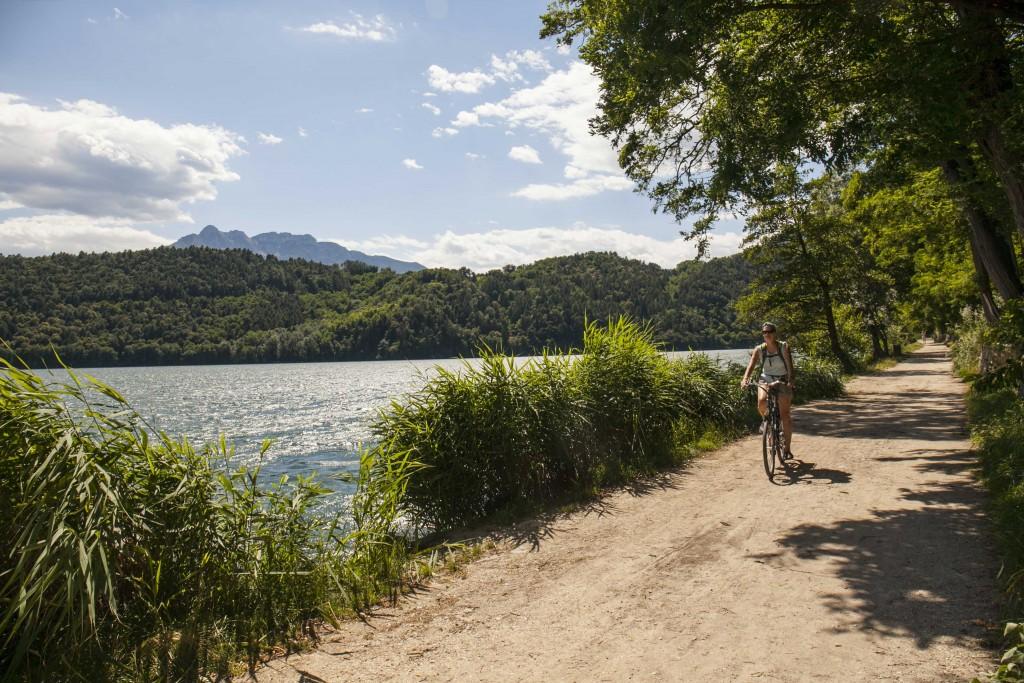 Il giro del Lago di Levico (trentino) in bicicletta