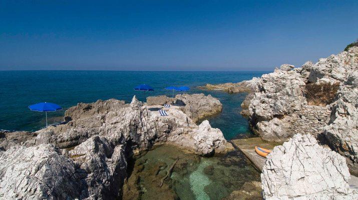 Foto Le più belle spiagge e grotte del Circeo
