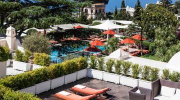 Vista-su-piscina-e-giardino-del Capri Palace
