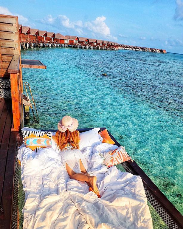 Maldive: dormire sospesi sull'oceano