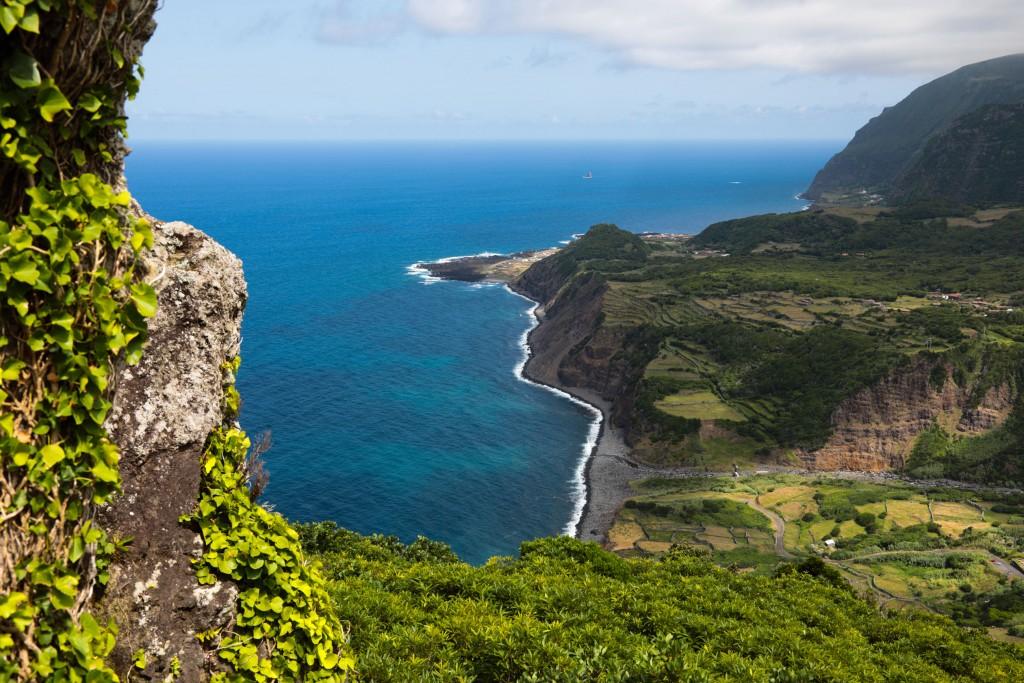 Panorama dal Miradouro do Portal, sull'isola di Flores.