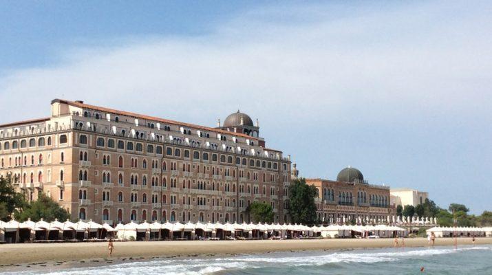 Foto Lido di Venezia, tra itinerari Liberty e relax in spiaggia