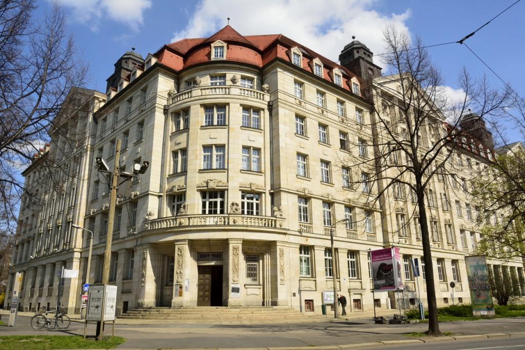 Cosa vedere a Lipsia: lo storico palazzo Runde Ecke.