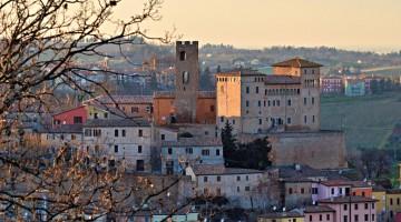 Longiano_panoramica borgo_ LIB Andrea Magnani