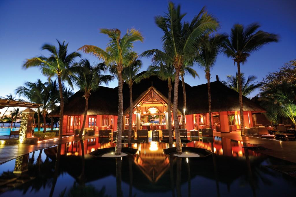 La spiaggia del Dinarobin Hotel Golf & Spa ©Beachcomber Hotel & Resort