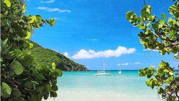 La spiaggia di Anse Marcel, a Saint Martin, Piccole Antille