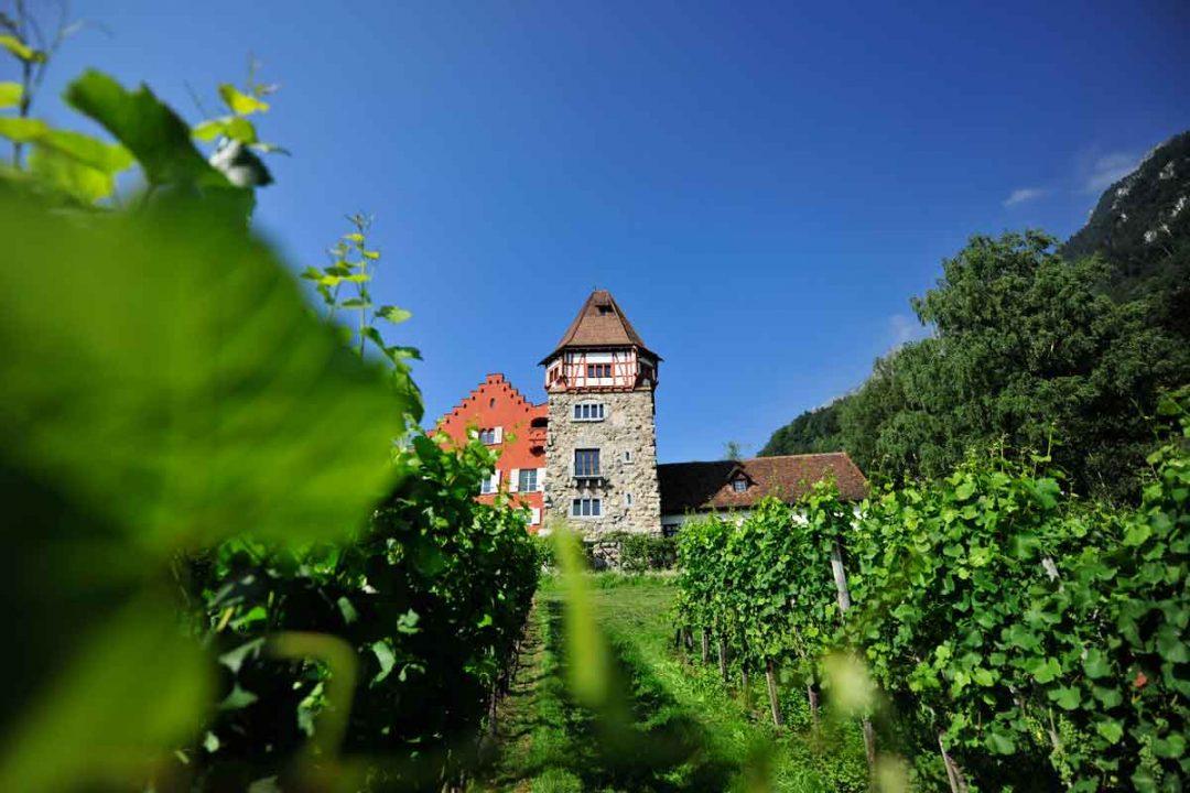 Liechtenstein, a piedi sui sentieri del principato