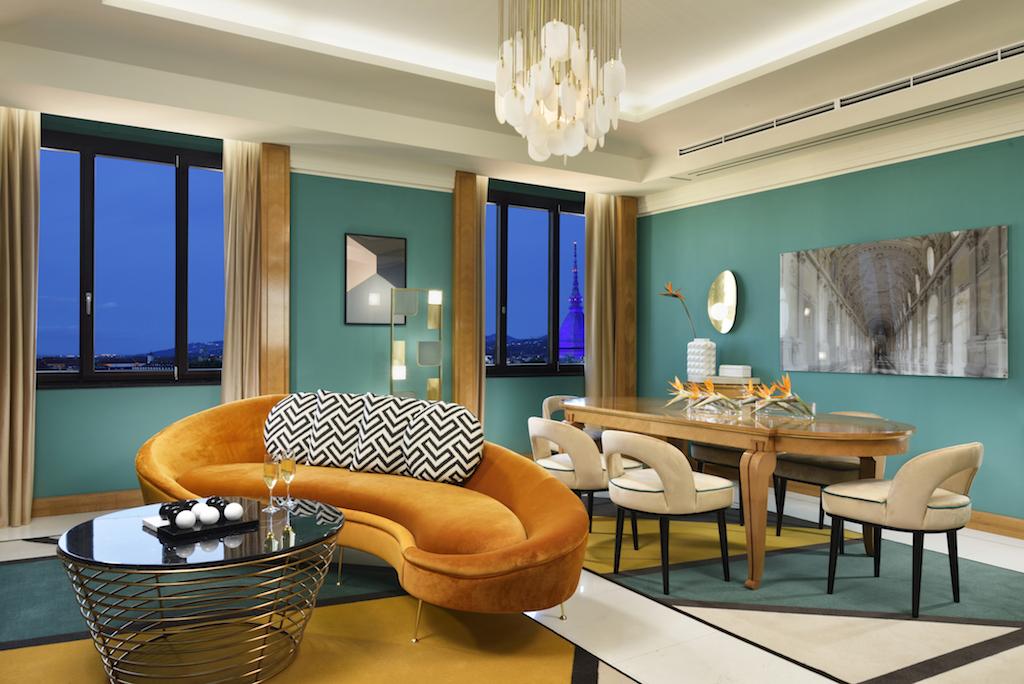Punta di diamante è la Presidential Suite di 140 metri quadrati: lo stile art déco è impreziosito da elementi di design contemporaneo ed eleganti finiture e materiali.