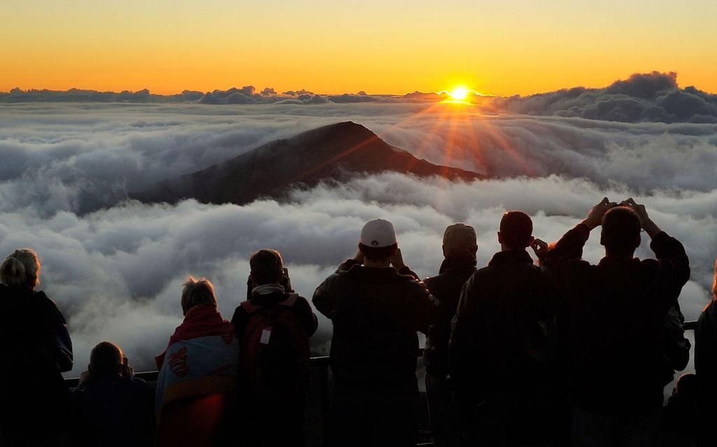 La magnifica alba ha attirato negli anni un numero sempre maggiore di visitatori.