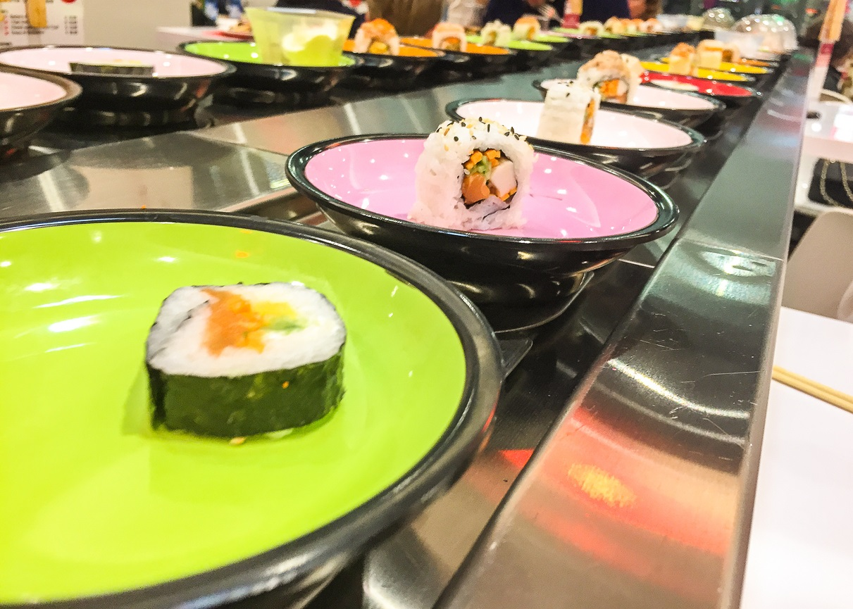 Il rullo di un sushi bar