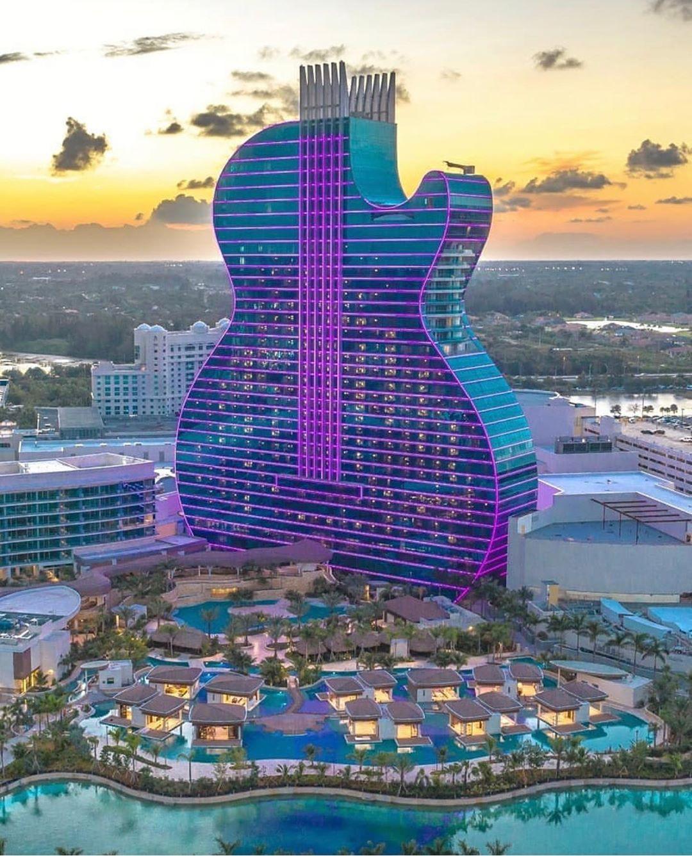 Seminole Hard Rock Hotel & Casino, hotel a forma di chitarra