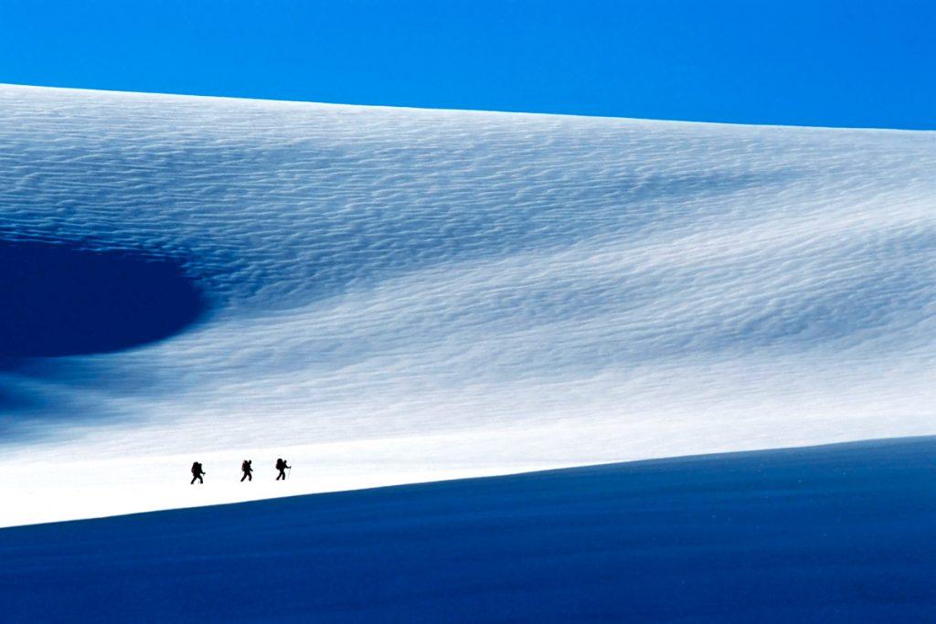 sci di fondo al Wapta Icefield, lungo il confine tra Banff e lo Yoho National Park, in Canada