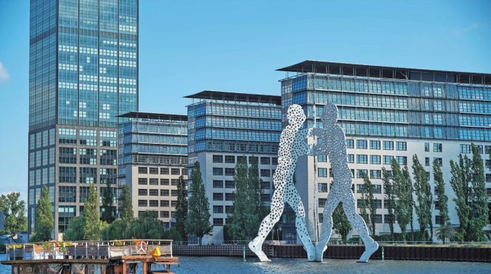 Foto Berlino, i luoghi da visitare a 30 anni dal Muro