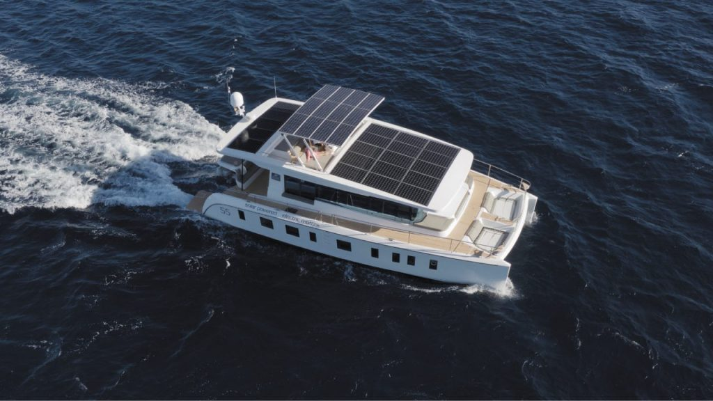 Yacht a energia solare