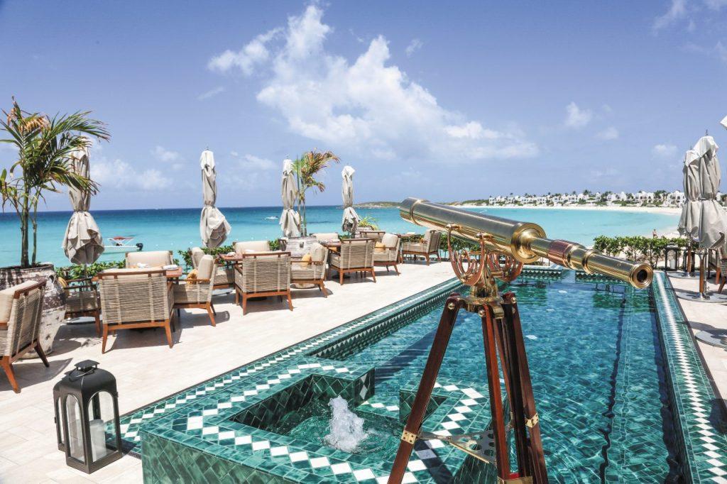 La piscina del Belmond Cap Juluca di Anguilla, isola delle Piccole Antille