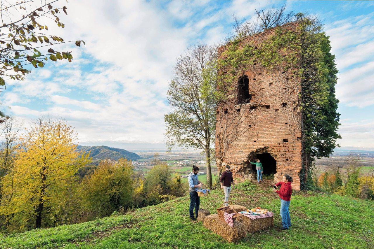 Piscine All Aperto Piemonte piemonte, itinerario enogastronomico tra le colline dei sapori