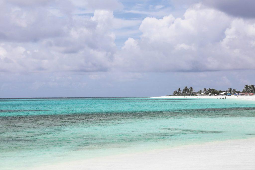 Anguilla, la spiaggia di Shoal bay