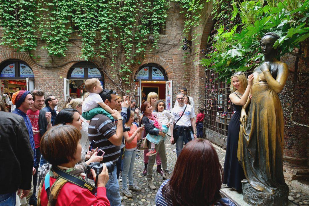 La statua di Giulietta - Verona
