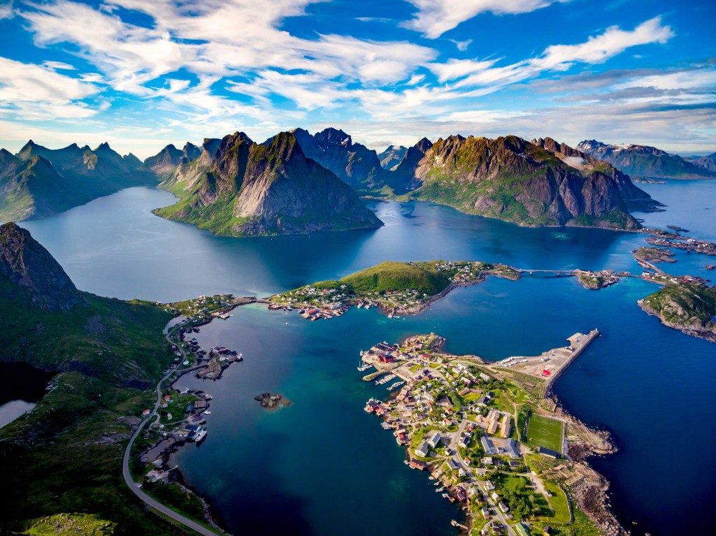 In crociera sul postale dei fiordi, in Norvegia.