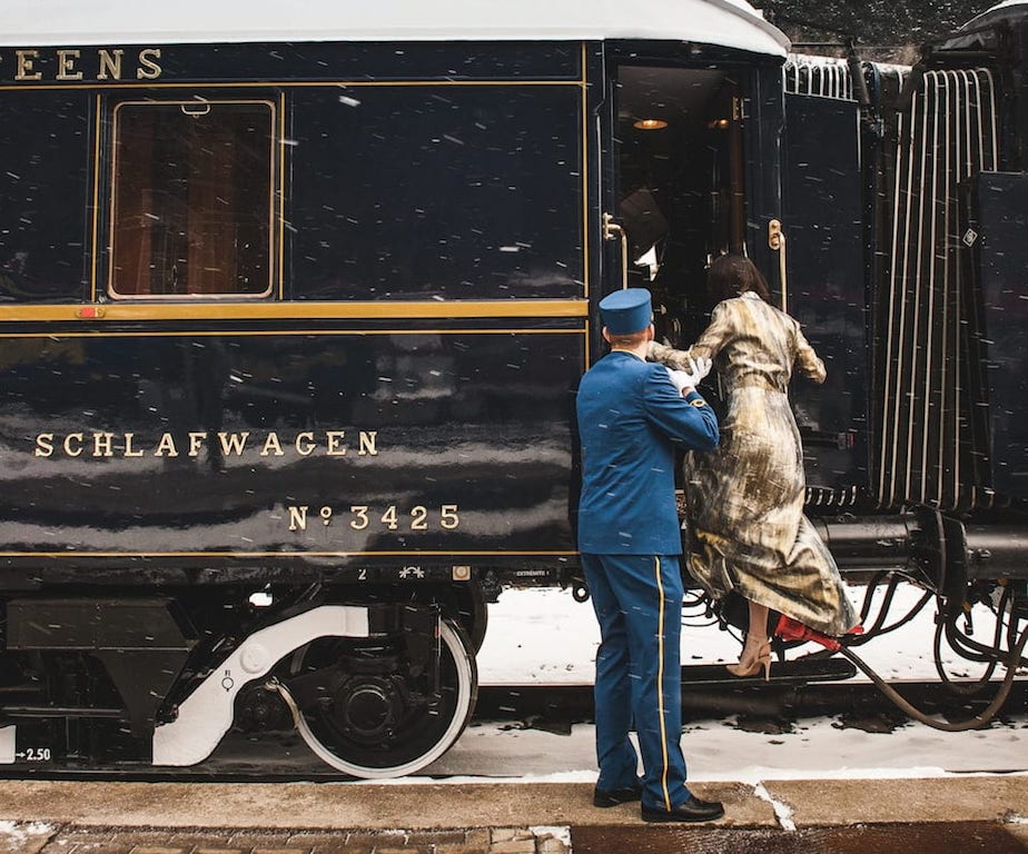 Si sale a bordo dell'Orient Express, per un lussuoso viaggio di nozze in treno.