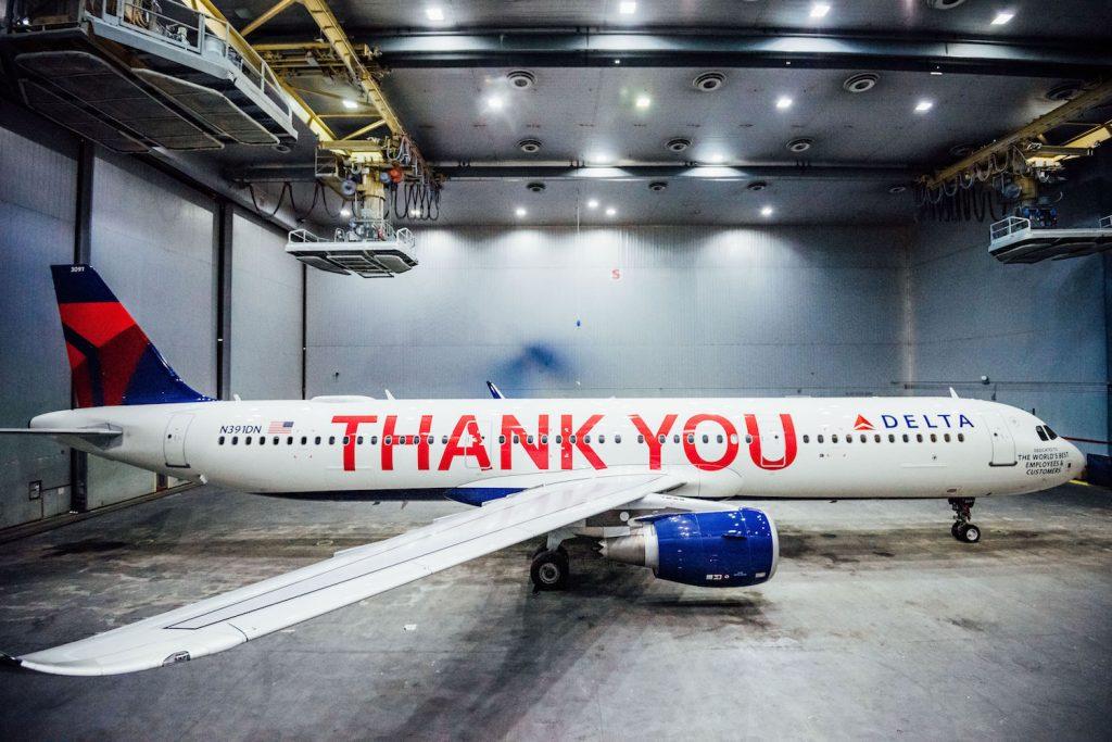 La nuova livrea di Delta Air Lines per ringraziare i dipendenti