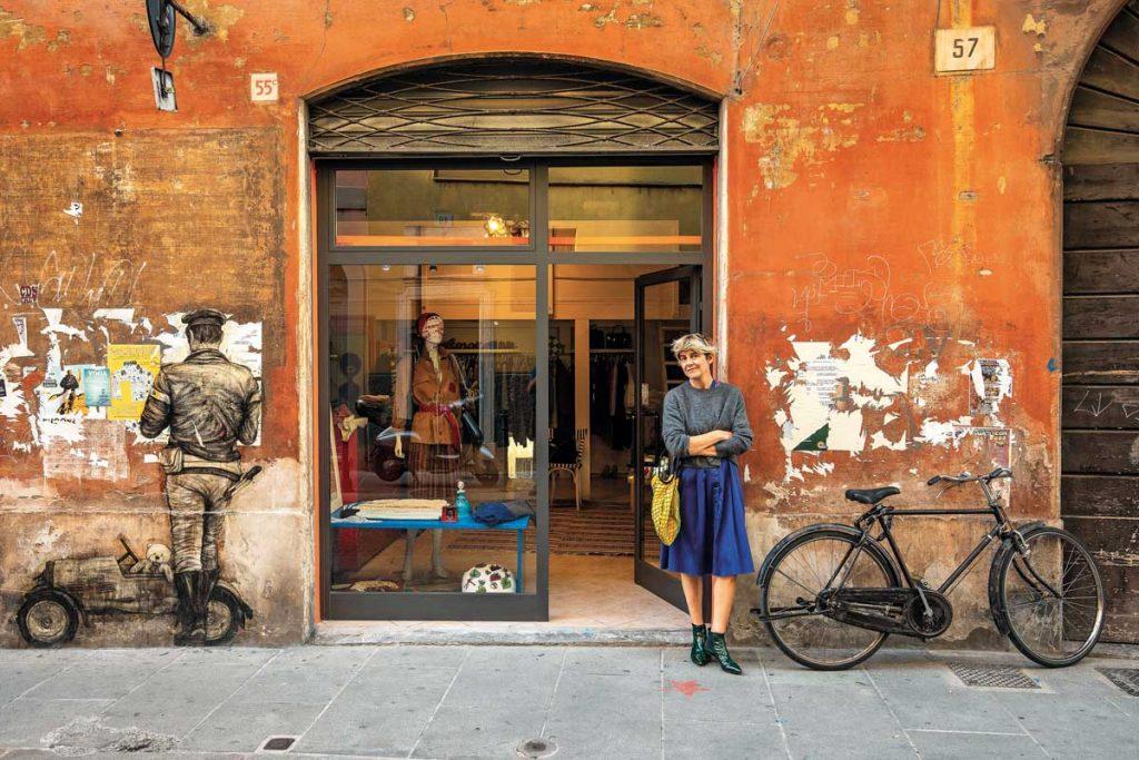 murales quartiere carmine Brescia artista Levalet