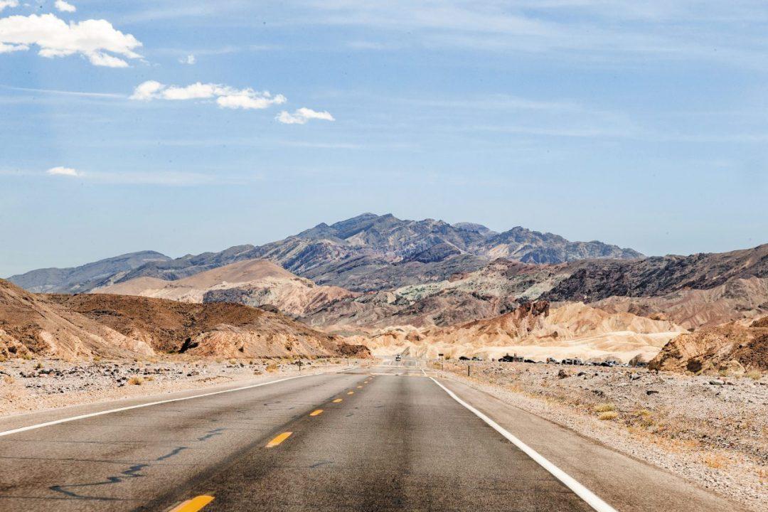 Insolita California: trekking nel deserto e sci sulla neve fresca