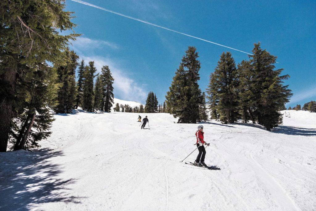 Mammoth Lakes, paradiso degli sciatori con 150 piste.