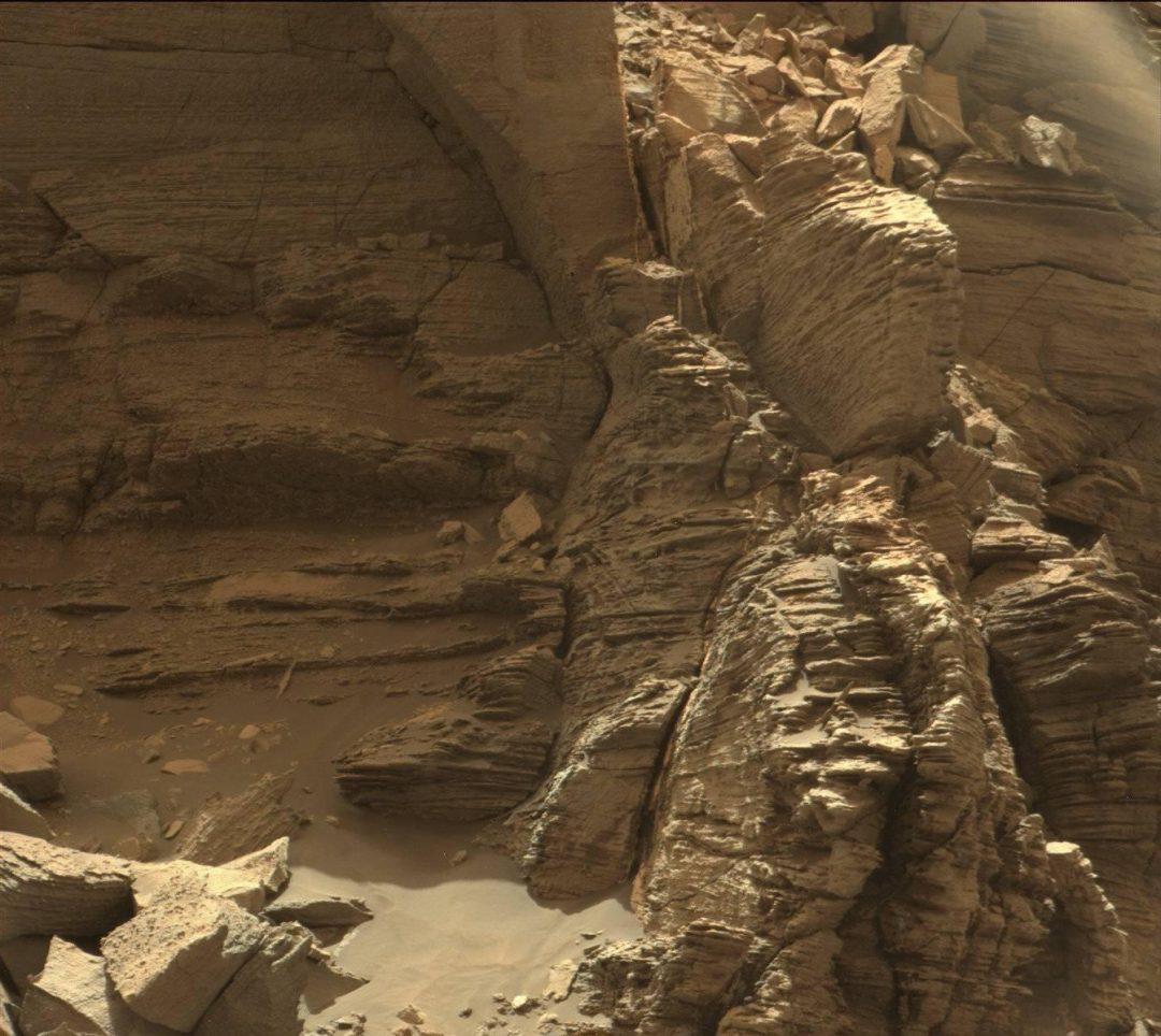 Deserto Rosso: le spettacolari foto di Marte, dove è in missione il rover della Nasa Perseverance