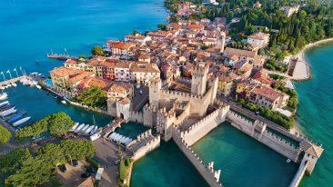Sirmione è tra i borghi sul lago più belli d'Italia