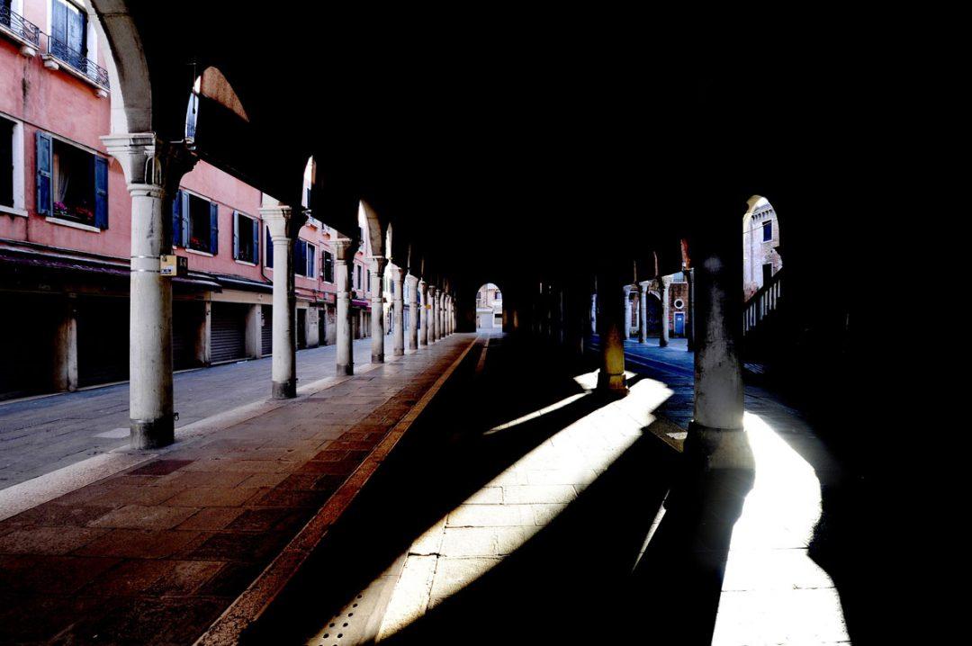 Venezia come non l'avete mai vista: il reportage di Enrico De Santis durante la pandemia