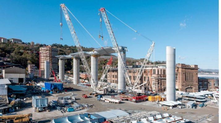 Foto Genova, le immagini del nuovo ponte