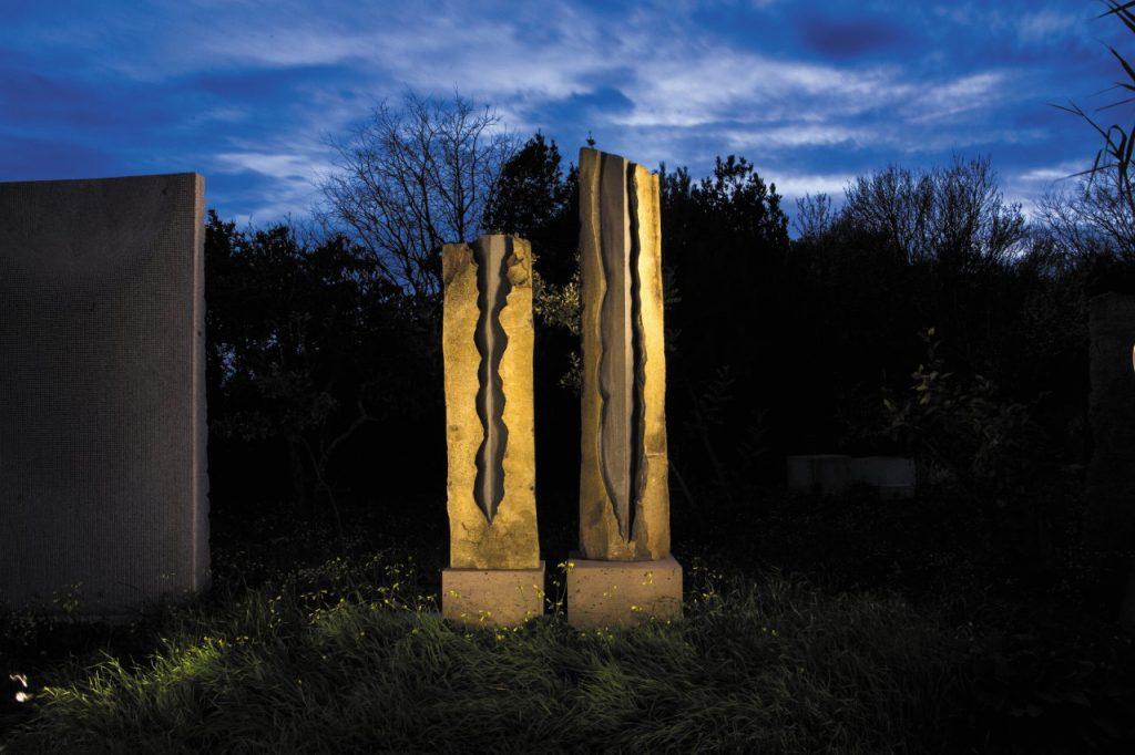 sculture del Giardino sonoro di Pinuccio Sciola land art